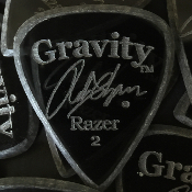 Gravity Rob Chapman Signature Razer Standard 2mm Pick